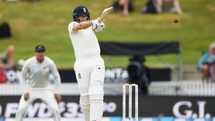 New Zealand dig deep after Joe Root's 226 gives England an opening