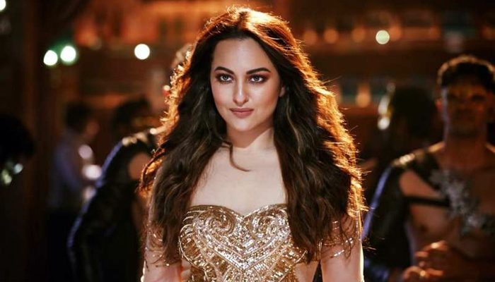 Sonakshi Sinha: I remember that my father shed a tear when he saw the first Dabangg; That was emotional!